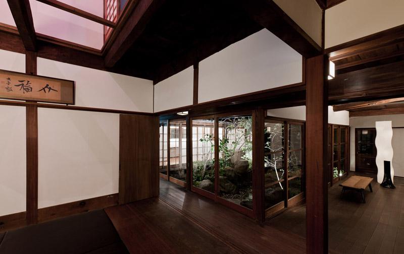 Das Innere des Kiyo Ryokan besticht mit klaren Linien.
