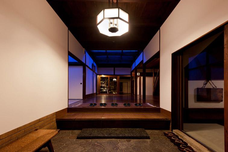 Der Eingangsbereich des Kiyo Ryokan.