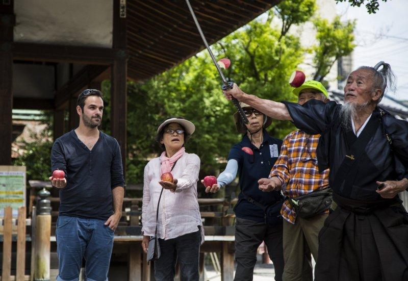 Die Teilnehmer*innen sind immer in die Samurai Shows involviert.
