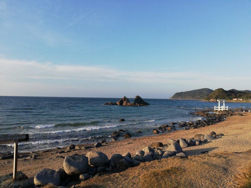 Nur wenige Strände in Japan sind so schön und menschenleer wie der in Futamigaura.