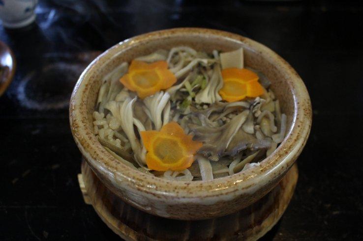 Matagi-meshi - eine der Spezialitäten in Aomori.