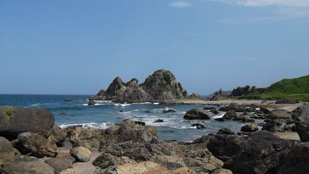 Beeindruckende Küstenlandschaften prägen Aomori.