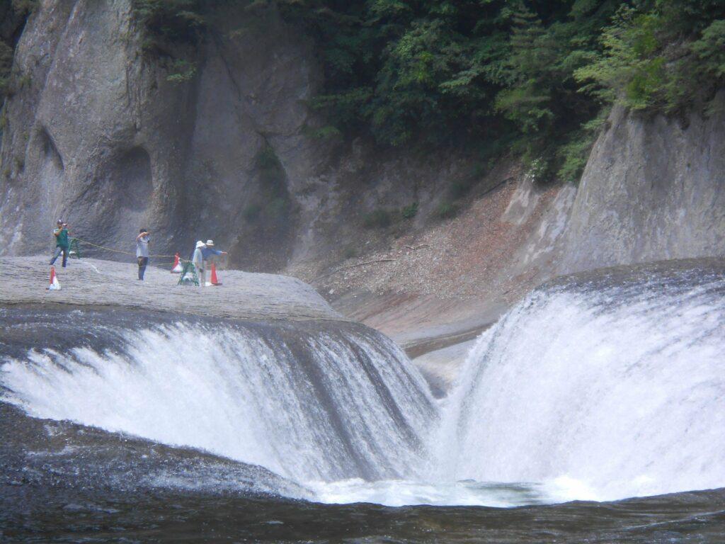 Die Fukiware Wasserfälle in Gunma sind beeindruckend.