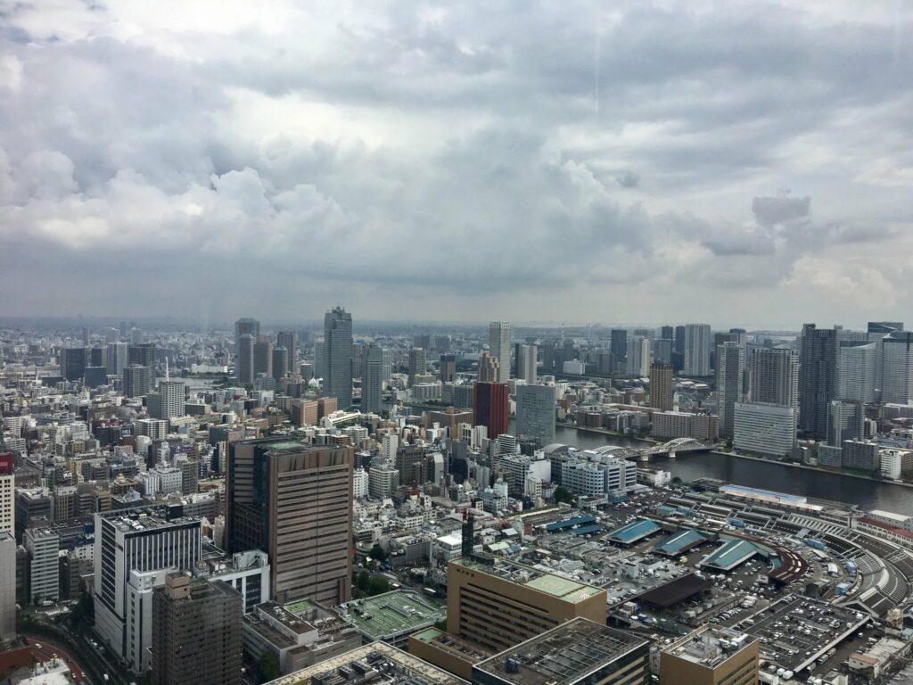 Die Aussicht aus dem Caretta Shiodome.