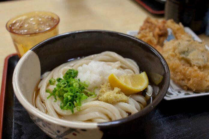 Die japanische Küche in Shikoku legt den Fokus auf die Hauptzutaten.