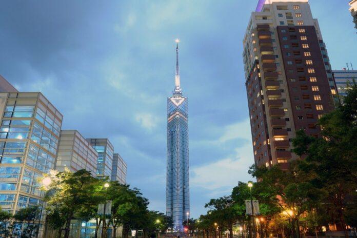 Der Fukuoka Tower ist der höchste Küstenturm Japans.