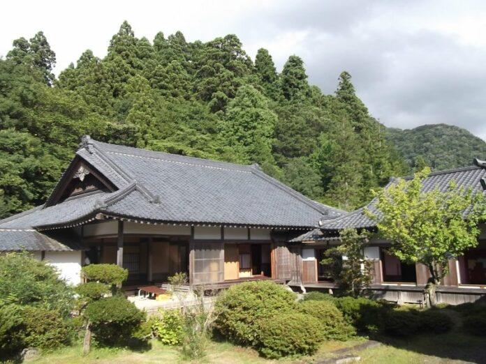 Die Aizu Samurai Residenz bietet Einblicke in das Leben der berühmten Krieger.